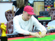 Joakim Andersson forrou alto no Super High Roller da Powerfest